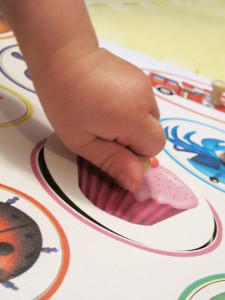 Tuzzles Safety Knobs Help Learning Fingers to Grasp and Manipulate